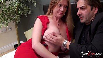 Русский любовничек заполняет кончой возбужденную шмоньку первокурсницы