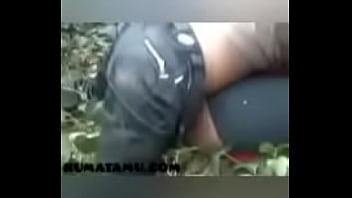 Пацан дрючит в половую щелочку мамулю с татуировками